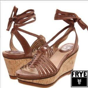 NWT Frye Carlie Strappy Wedges Size 9.5